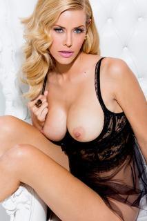 Kennedy Summers en Playboy Desnuda [800x1200] [191.37 kb]