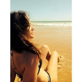 Celia Freijeiro en Bikini [640x640] [75.65 kb]