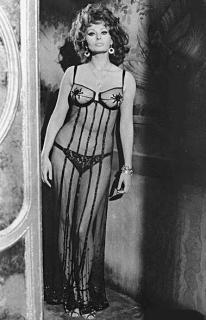 Sophia Loren [379x587] [45.69 kb]