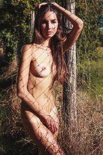 Lina Lorenza Desnuda [1280x1920] [1024.34 kb]