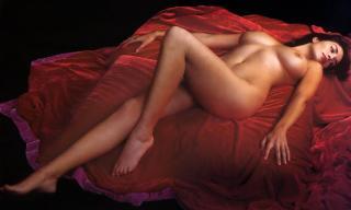 Sonia Aquino in Gq Nude [1413x848] [93.11 kb]