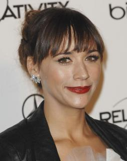 Rashida Jones [800x1009] [77.18 kb]