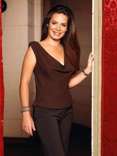 Holly Marie Combs [400x532] [27.51 kb]
