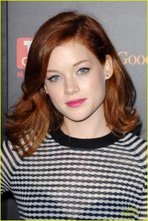 Jane Levy [740x1105] [246.81 kb]