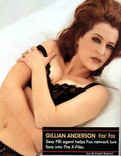 Gillian Anderson [480x617] [41.54 kb]