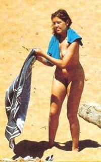 María Pujalte en Topless Desnuda [314x500] [40.72 kb]