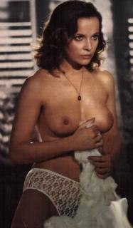 Laura Antonelli Desnuda [600x1022] [60.78 kb]