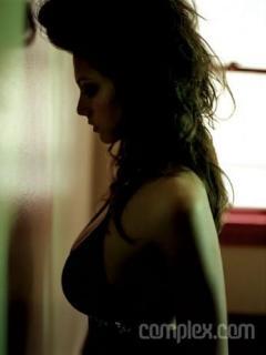 Michelle Lombardo en Complex [346x460] [13.99 kb]