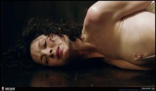 Caitriona Balfe en Outlander Desnuda [1940x1140] [386.86 kb]