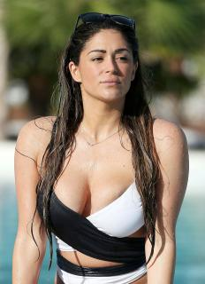 Casey Batchelor [1160x1600] [358.27 kb]