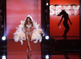 Victorias Secret Show 2006 [1200x874] [120.71 kb]