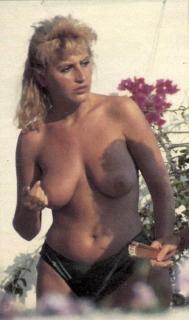 Raquel Mosquera [592x1000] [62.42 kb]