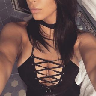 Kim Kardashian [1080x1077] [156.81 kb]