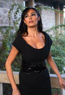 Maria Grazia Cucinotta [2058x3000] [673.63 kb]