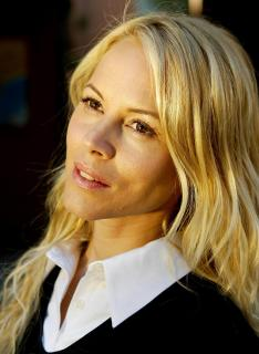 Maria Bello [1540x2100] [327.13 kb]