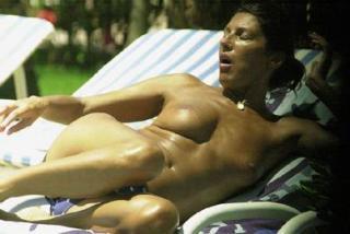 Carmina Ordoñez en Topless [390x261] [18.66 kb]