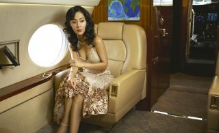 Yunjin Kim [2000x1223] [334.48 kb]