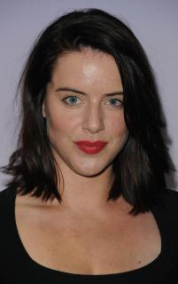 Michelle Ryan [1200x1909] [234.29 kb]