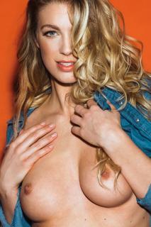 Joanna May Parker en Page 3 Desnuda [1000x1500] [389.19 kb]