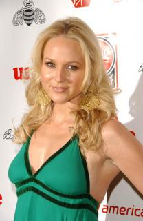 Jewel Kilcher [1960x3008] [369.64 kb]