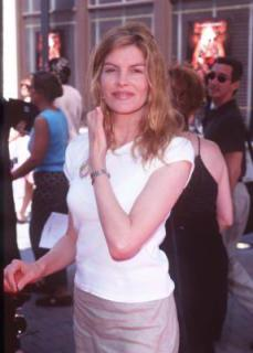 Rene Russo [287x400] [18.27 kb]