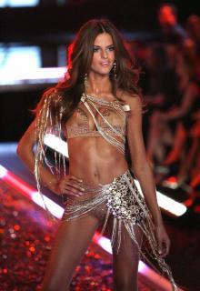 Victorias Secret Show 2006 [1200x1744] [339.91 kb]