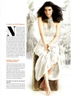 Laura Pausini en Vanity Fair [900x1204] [140.07 kb]