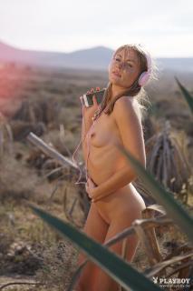 Kamila Joanna en Playboy Desnuda [1668x2500] [499.19 kb]