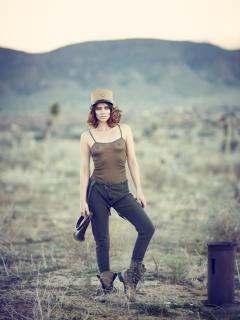 Lauren Cohan [1050x1400] [213.47 kb]