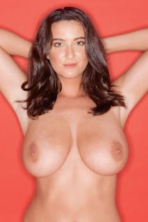 Joey Fisher en Page 3 Desnuda [1000x1500] [311.7 kb]