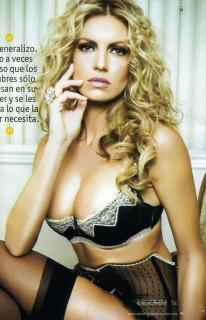 Isabel Madow in Maxim [2070x3204] [1182.39 kb]
