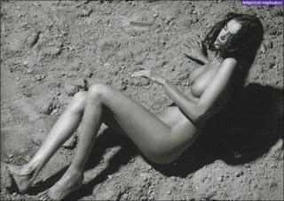 Carla Collado Nue [917x652] [121.97 kb]