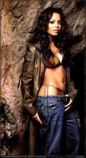 Janet Jackson [561x1024] [140.01 kb]
