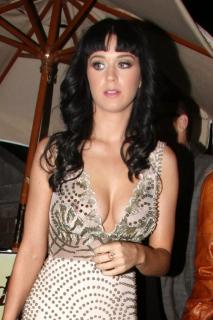 Katy Perry [682x1024] [146.8 kb]
