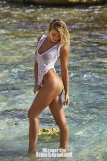 Samantha Hoopes en Si Swimsuit 2017 [1280x1920] [422.98 kb]