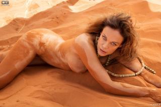 Sonja Kirchberger en Playboy Desnuda [2048x1365] [543.19 kb]