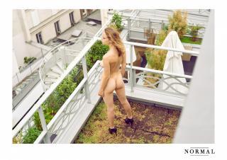 Coline Aulagnier Nude [2000x1414] [573.3 kb]