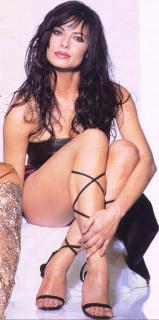 Natalia Estrada [577x1160] [98.78 kb]