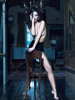 Emily Ratajkowski en Vanity Fair [1000x1334] [207.05 kb]
