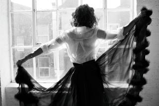 Alessandra Mastronardi en Vanity Fair [1918x1280] [433.02 kb]