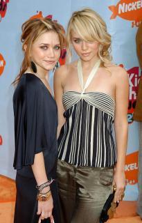 Mary-Kate y Ashley Olsen [1280x1993] [372.52 kb]
