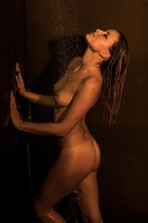 Christin Tusk en Playboy Desnuda [1280x1920] [282.18 kb]