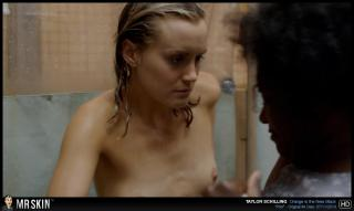 Taylor Schilling en Orange Is The New Black Desnuda [1270x760] [59.39 kb]
