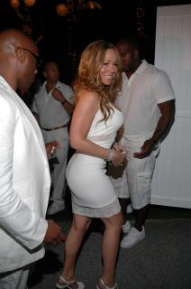 Mariah Carey [2000x3008] [924.4 kb]