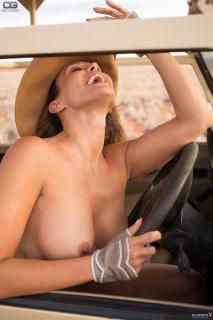 Sonja Kirchberger en Playboy Desnuda [1365x2048] [309.48 kb]