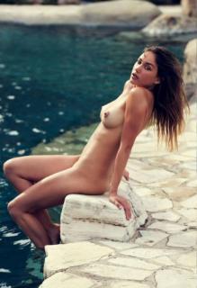 Brook Power en Playboy Desnuda [540x788] [84.18 kb]