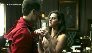 Clara Alvarado en La Casa De Papel Desnuda [1280x738] [159.41 kb]