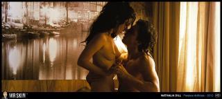 Nathalia Dill en Paraisos Artificiais Desnuda [1270x570] [187.55 kb]