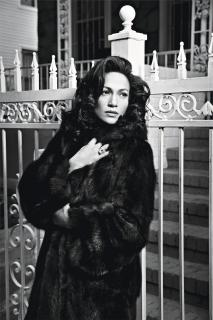 Jennifer Lopez [1311x1963] [336.67 kb]