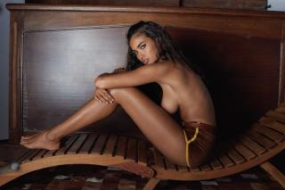 Kelly Gale en Playboy [1280x854] [168.5 kb]